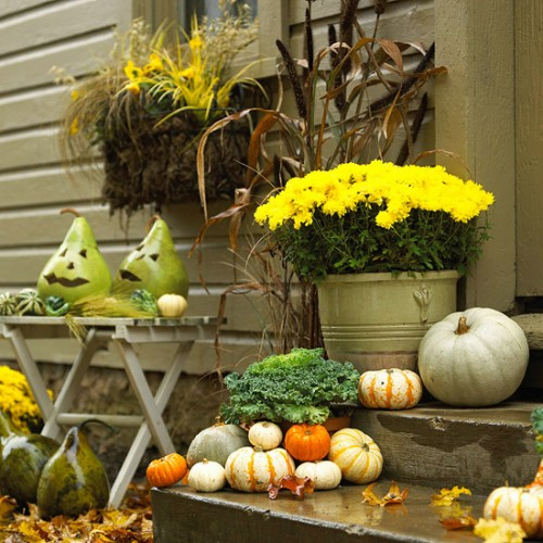 Just one simple scary face addition would turn your Autumn's display into Halloween's one.