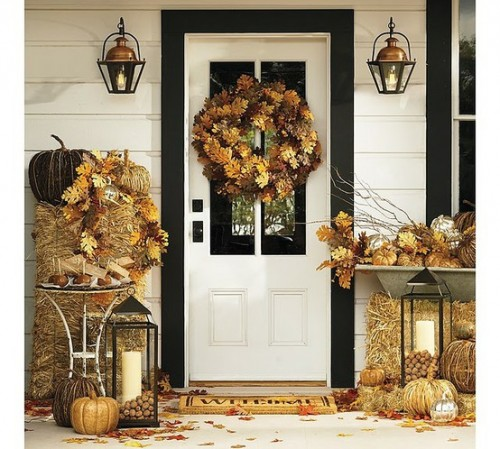 Bundles of straw could be used instead of tables or chairs for Fall displays.