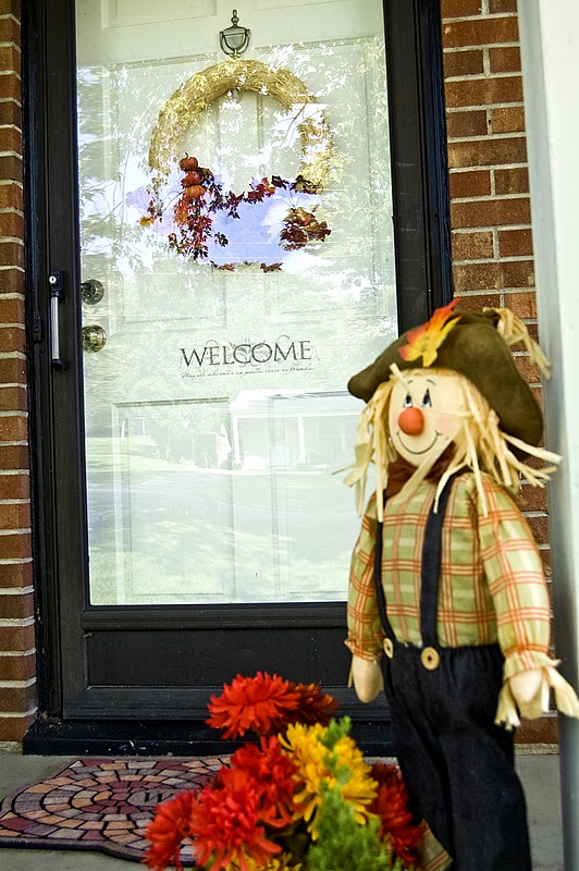 Picture of fall front porch decorating ideas - Front door thanksgiving decorating ideas ...