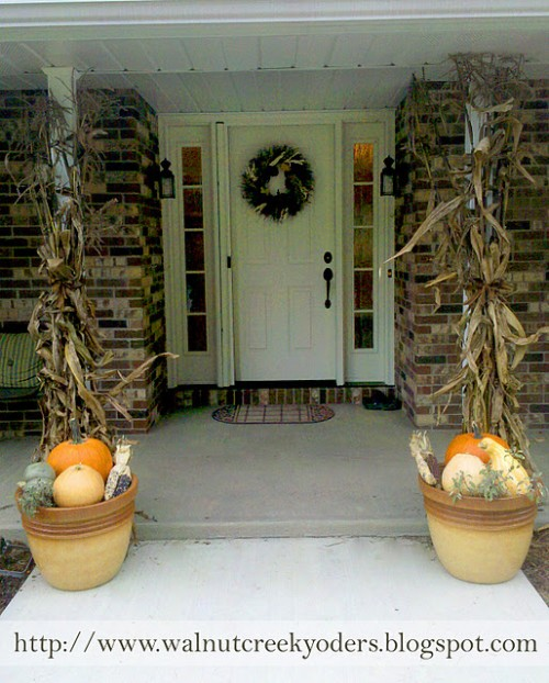 Covering support columns of your porch roof with dried leaves is one more thing you could do during Autumn.