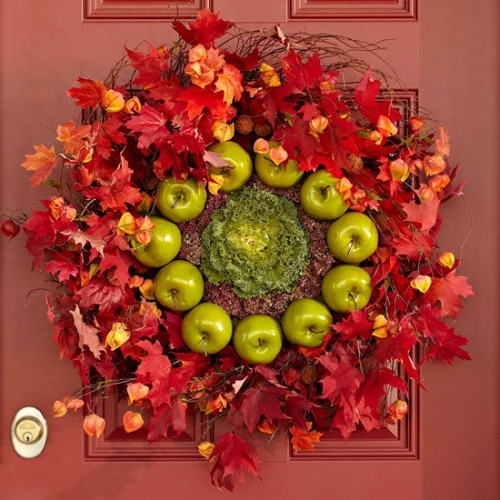 DIY apple wreath would be perfect  as for outdoor as for indoors.