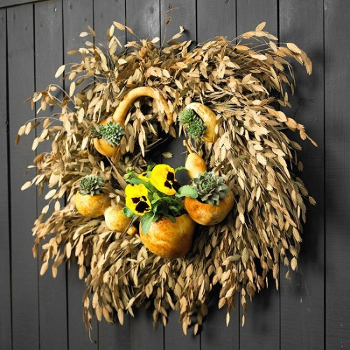 115 cool fall wreath ideas shelterness. Black Bedroom Furniture Sets. Home Design Ideas