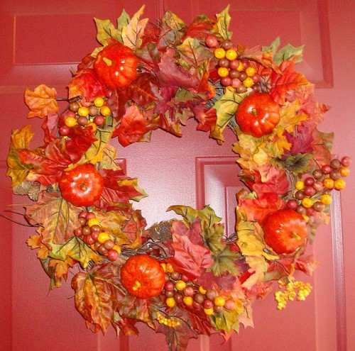 Using faux veggies for a DIY wreath is a cool idea cuz you'll get yourself a reusable piece of decor. You'd be able to use it year after year.
