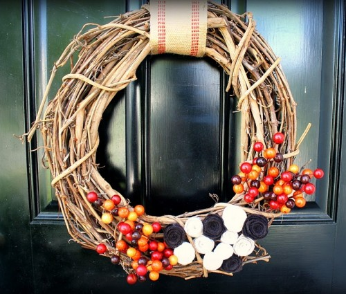 A DIY twig wreath won't hurt your budget but it'd become a perfect base for anything colorful associated with Autumn.