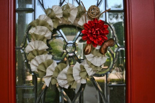 Ruffled wreaths looks great but there is a catch. You need a sewing machine to make one.