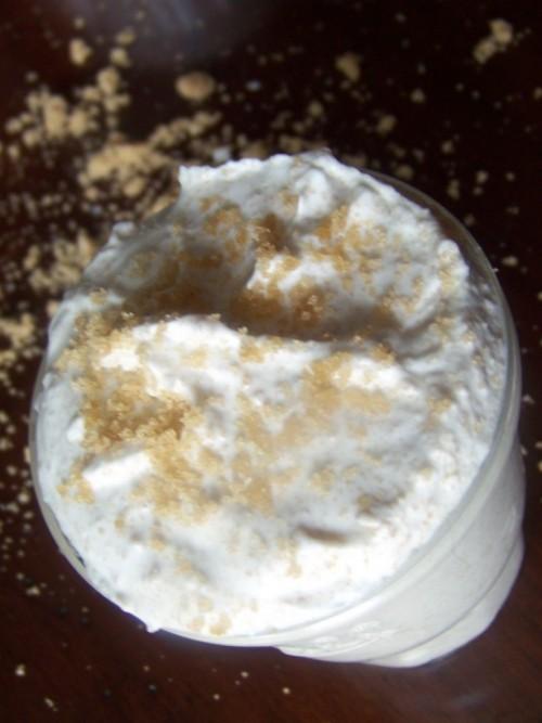 moisturizing body scrub (via adelightfulhome)