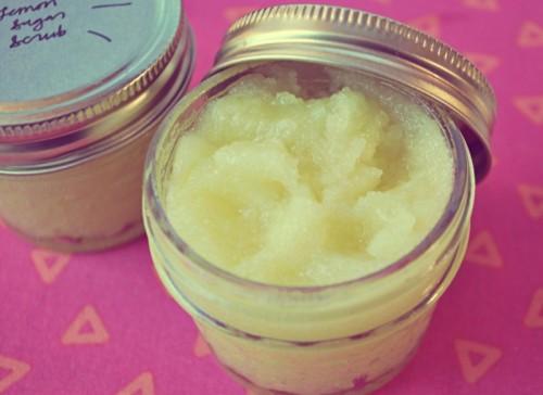 lemon sugar facial scrub (via ohsoprettythediaries)