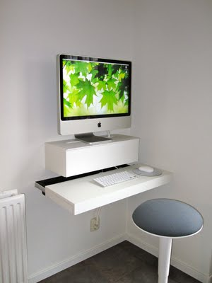 Floating DIY Computer Desk For An iMac