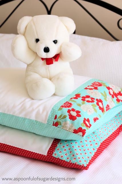 flower printed pillowcase (via aspoonfulofsugardesigns)