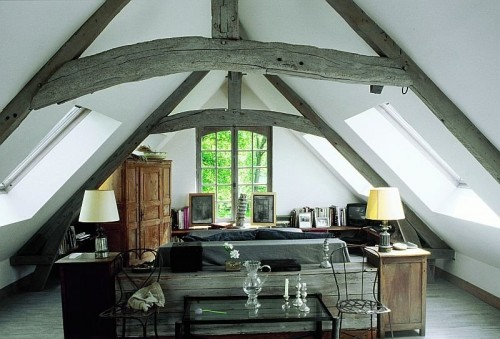 rustic-looking wood works well in any french country room