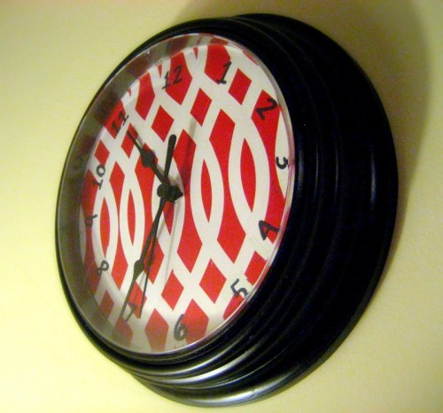 fun clock renovation (via 31diy)