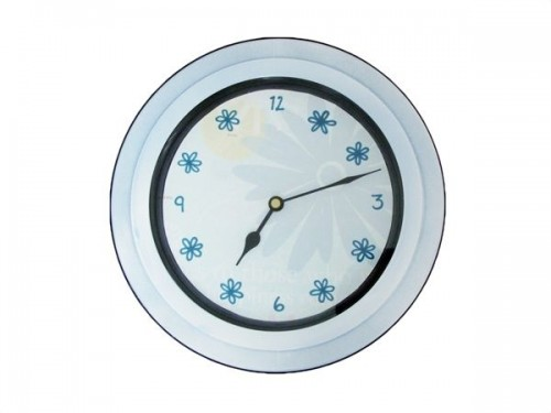 easy clock renovation (via clickclackclunk)