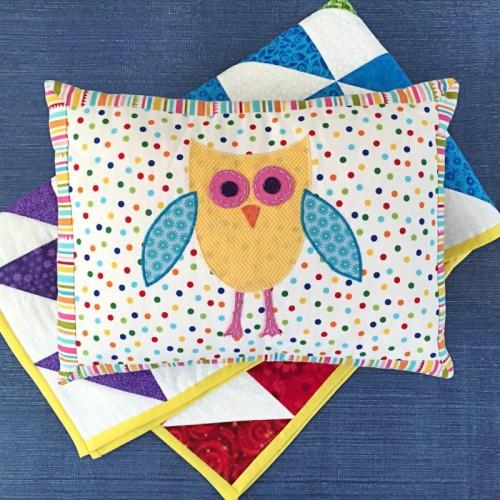 owl nursery pillow (via bugaboocity)