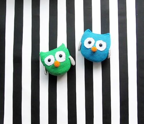 amigurumi owls (via littlethingsblogged)