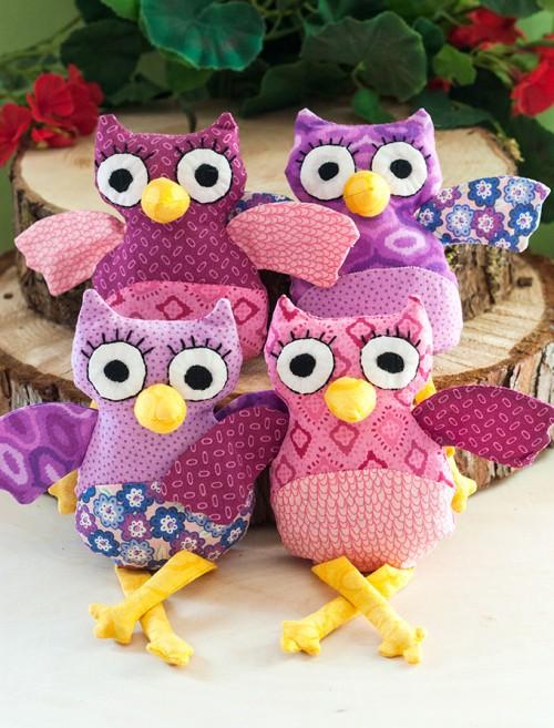 owl plushies (via adventures-in-making)