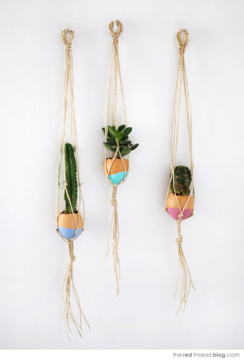 hanging macrame egg planters (via we-are-scout)