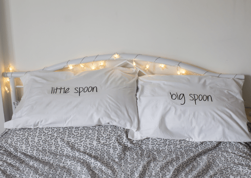 Fun And Simple DIY Text Pillow Cases