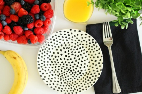 Fun DIY Dishwasher Safe Painted Plates
