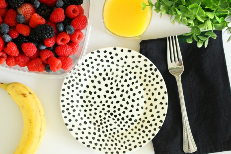 Picture Of fun diy dishwasher safe painted plates  1