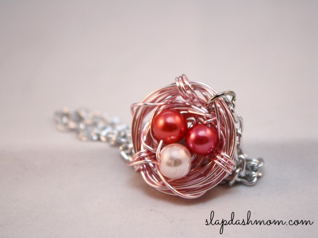 beautiful bird nest necklace