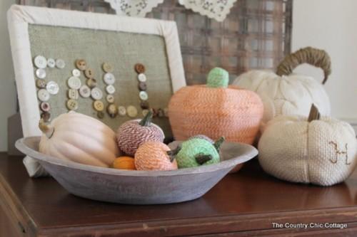 baker twine pumpkins (via shelterness)