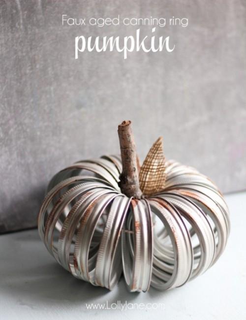 faux aged metal pumpkin (via lollyjane)