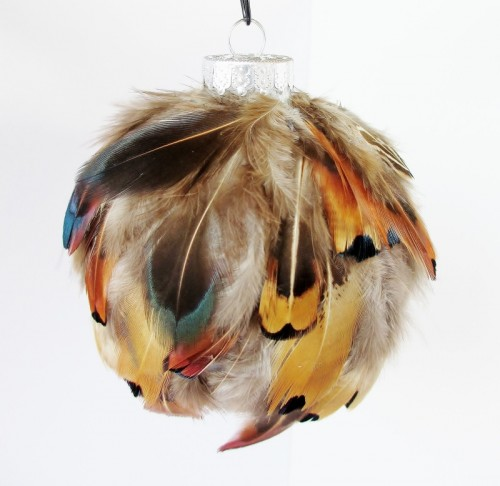 feather ornament (via postgradcrafts)