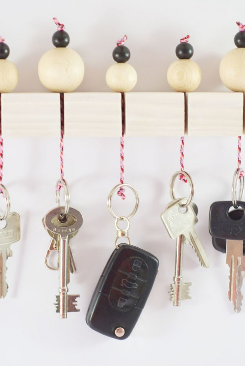 Fun DIY Key Holder With Wooden Beams Shelterness