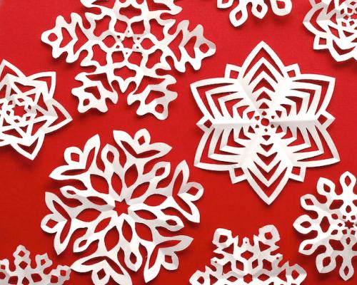 kirigami snowflakes (via omiyageblogs)