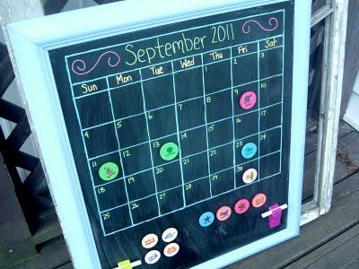 chalkboard board calendar (via psastampcamp)