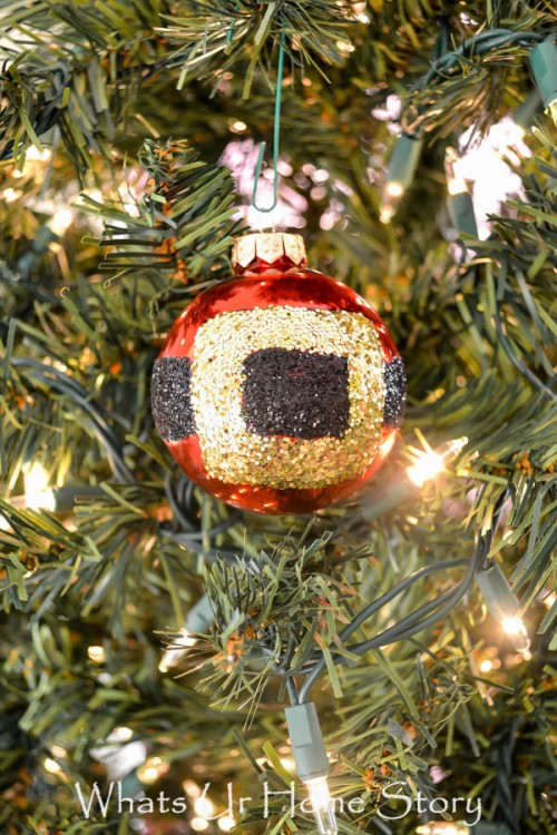 Glitter DIY Santa Belt Ornament