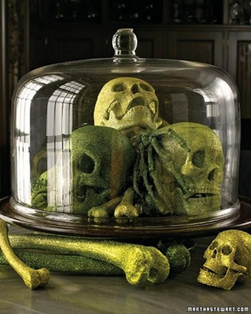 35 Ghosts, Skeletons And Skulls For Halloween Decoration
