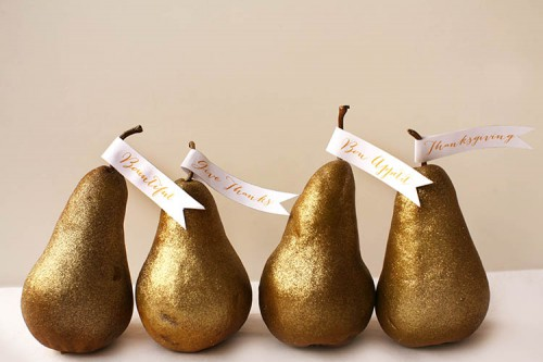 Thanksgiving gilded pear place cards