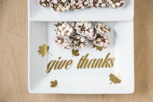gold Give Thanks platter (via https:)