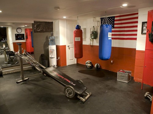 Practical and cozy home gym designs shelterness