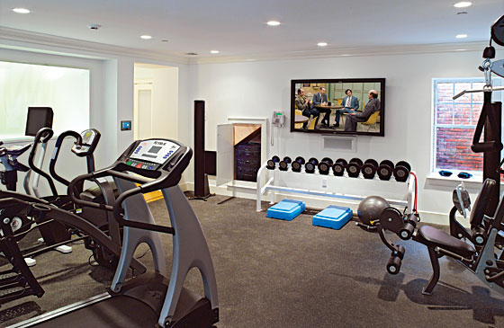 picture of good home gym design. Black Bedroom Furniture Sets. Home Design Ideas