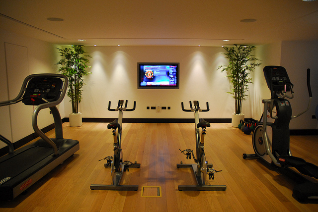 21 practical and cozy home gym designs photo 10