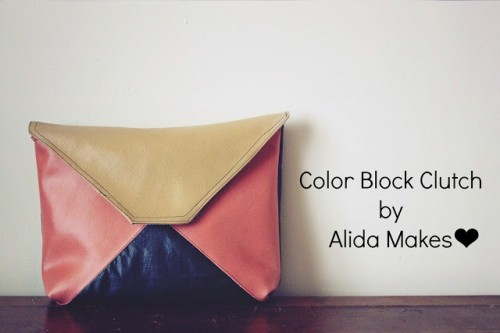 color blocked leather clutch (via styleoholic)