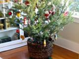 Christmas tree basket stand