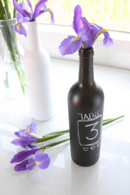 17 Great DIY Wine Bottle Crafts For Home Décor