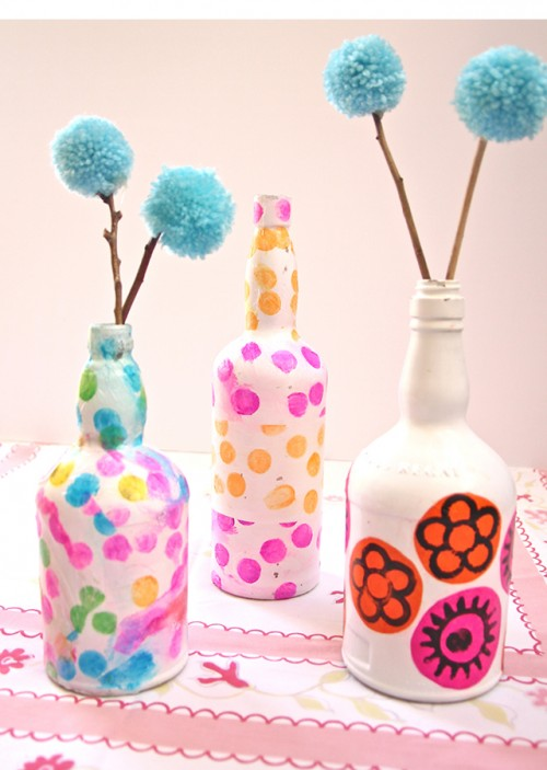 decoupage wine bottles (via creativejewishmom)