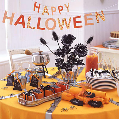 30 halloween table centerpiece ideas shelterness - Decoration de table halloween ...