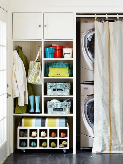 functional mudroom organisation with laundry machines