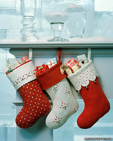 Jingle Bell Stockings (via marthastewart)