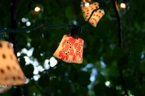 cupcake outdoor lights (via cfabbridesigns)