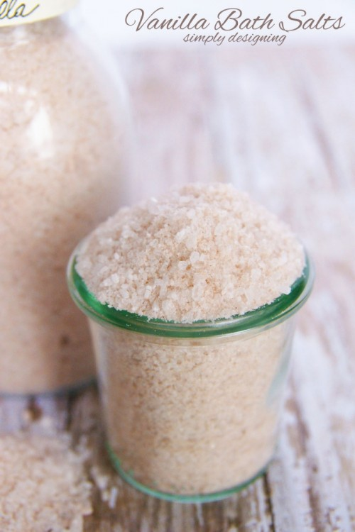 vanilla bath salts for muscle relaxing and detoxicating