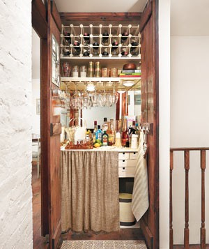 Elegant Home Mini Bar