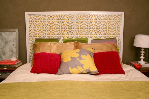 moroccan headboard (via karapaslaydesigns)