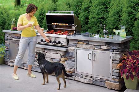 How To Build An Outdoor Kitchen: 4 Tutorials