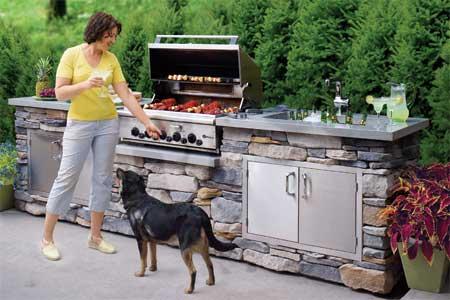 How To Build An Outdoor Kitchen: 4 Tutorials